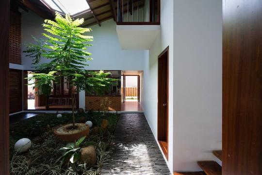 Ngôi nhà mái ngói cấp 4 đẹp như resort khiến nhiều người ước mơ - Ảnh 9.