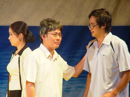 Danh hài Tấn Beo: Tôi rất sợ hạnh phúc bị... chia đôi - Ảnh 3.