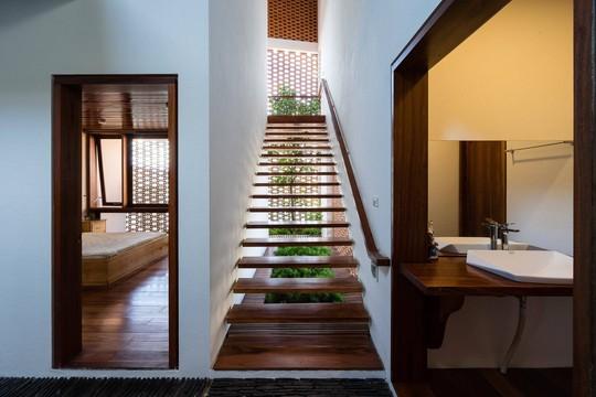 Ngôi nhà mái ngói cấp 4 đẹp như resort khiến nhiều người ước mơ - Ảnh 14.