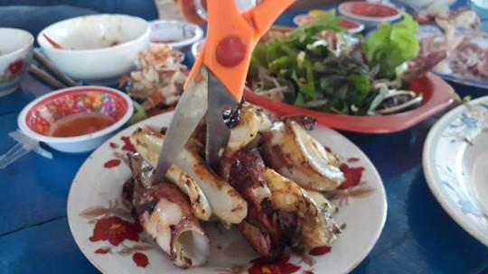 Những điểm ăn chơi ngon, bổ, rẻ, đẹp mê hồn khi tới Phú Yên - Ảnh 16.