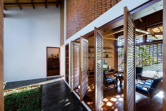 Ngôi nhà mái ngói cấp 4 đẹp như resort khiến nhiều người ước mơ - Ảnh 5.