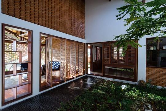 Ngôi nhà mái ngói cấp 4 đẹp như resort khiến nhiều người ước mơ - Ảnh 7.
