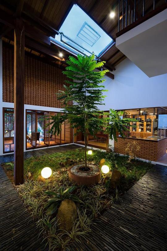 Ngôi nhà mái ngói cấp 4 đẹp như resort khiến nhiều người ước mơ - Ảnh 10.