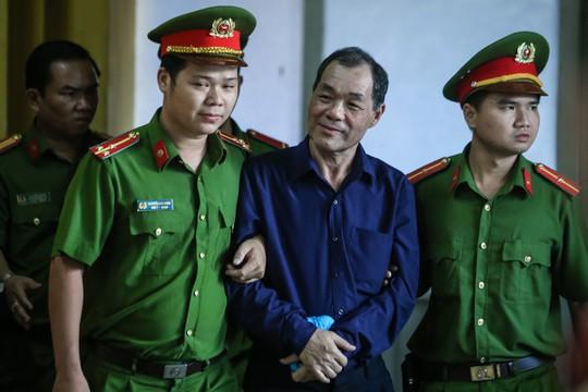 Xử ông Trầm Bê, triệu tập đại gia Trần Bắc Hà - Ảnh 2.