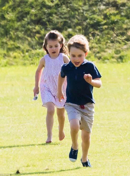 Hoàng tử bé George đón sinh nhật ở Caribe - Ảnh 3.