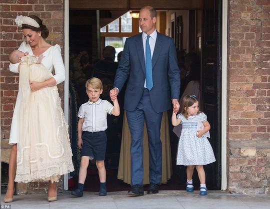 Hoàng tử bé George đón sinh nhật ở Caribe - Ảnh 5.