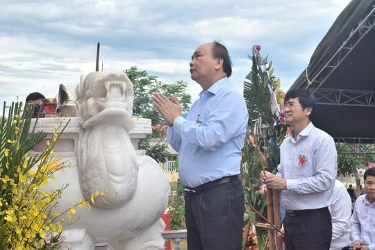 Thủ tướng dự khánh thành nghĩa trang liệt sĩ tại Quảng Nam - Ảnh 1.