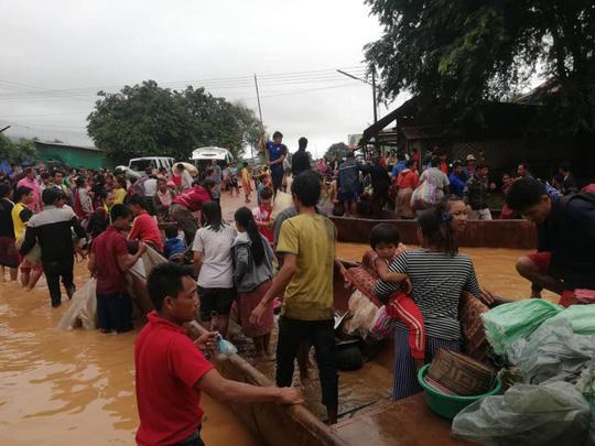 Đại thảm họa vỡ đập thủy điện ở Lào sát mé Việt Nam, cuốn hàng trăm người - Ảnh 6.