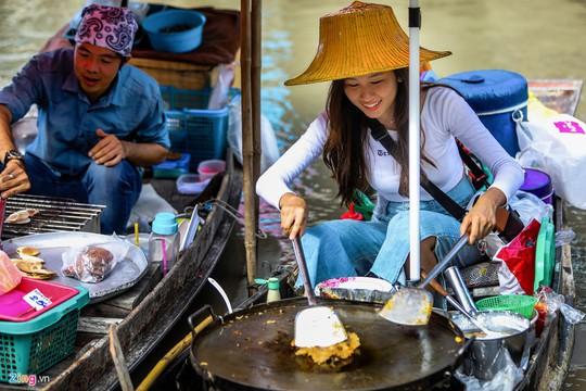 Trải nghiệm những kiểu ăn uống mới lạ ở Thái Lan - Ảnh 4.