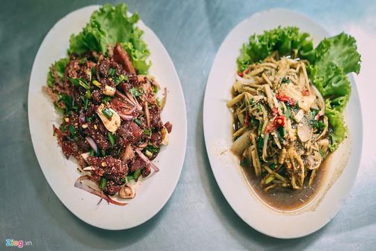 Trải nghiệm những kiểu ăn uống mới lạ ở Thái Lan - Ảnh 6.