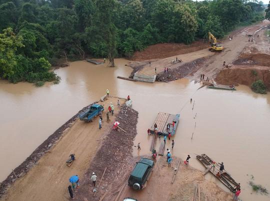 Lào vỡ đập thủy điện, Việt Nam giật mình - Ảnh 1.
