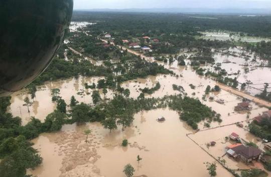 Vỡ đập thủy điện tại Lào: Chạy đua cứu người gặp nạn - Ảnh 2.