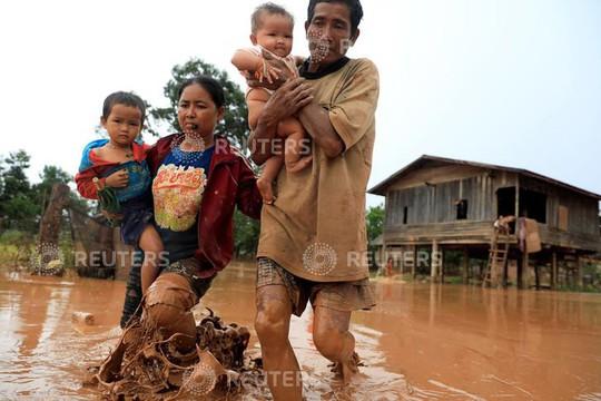 Vỡ đập thủy điện ở Lào: Không gì ngăn nổi lực nước, không đủ thời gian để chạy - Ảnh 2.