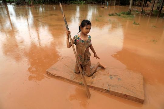 Vỡ đập thủy điện ở Lào: Không gì ngăn nổi lực nước, không đủ thời gian để chạy - Ảnh 5.