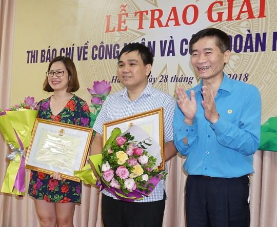 Báo Người Lao Động đoạt 2 giải báo chí viết về công nhân và Công đoàn - Ảnh 3.