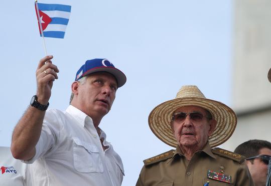 Phong cách mới của tân Chủ tịch Cuba - Ảnh 1.