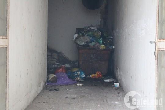 Dân kêu trời vì chất lượng nhà tái định cư - Ảnh 4.