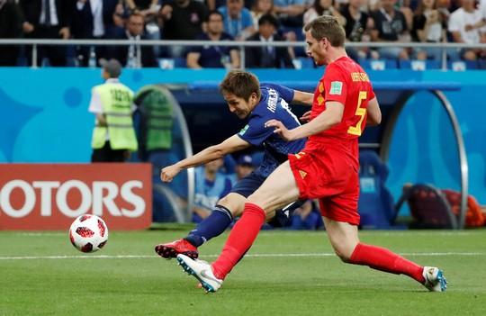 Bỉ lội ngược dòng ngoạn mục để vượt qua Nhật Bản 3-2 - Ảnh 2.