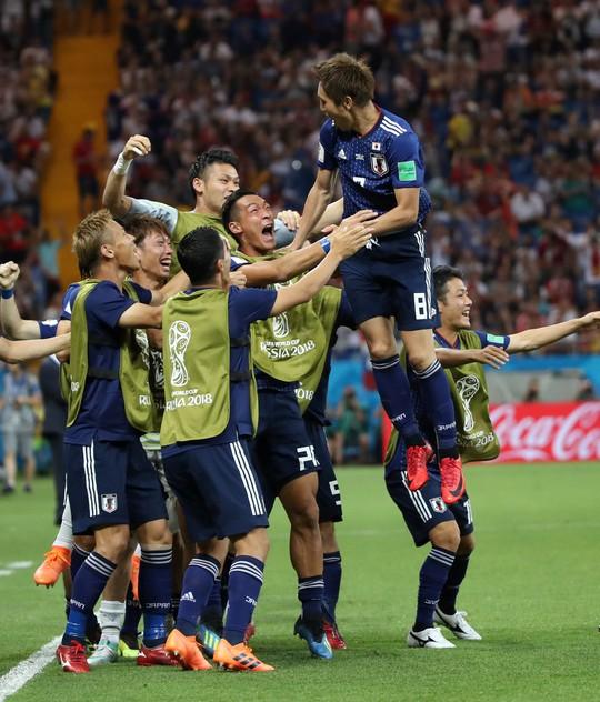 Bỉ lội ngược dòng ngoạn mục để vượt qua Nhật Bản 3-2 - Ảnh 3.