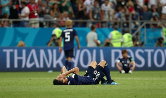 Bỉ lội ngược dòng ngoạn mục để vượt qua Nhật Bản 3-2 - Ảnh 12.