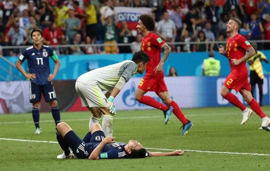 Bỉ lội ngược dòng ngoạn mục để vượt qua Nhật Bản 3-2 - Ảnh 11.