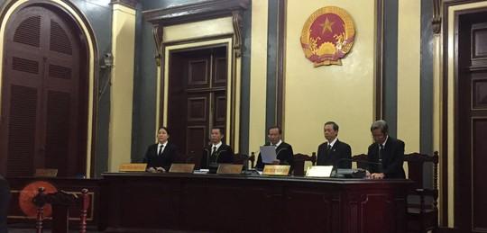 Lãnh đạo tự kinh doanh, ngân hàng thiệt hại gần 458 tỉ đồng - Ảnh 1.