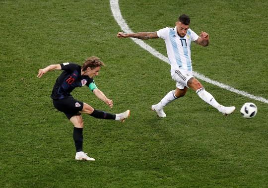 Mất đề cử The Best, bất công đè nặng Messi - Ảnh 7.