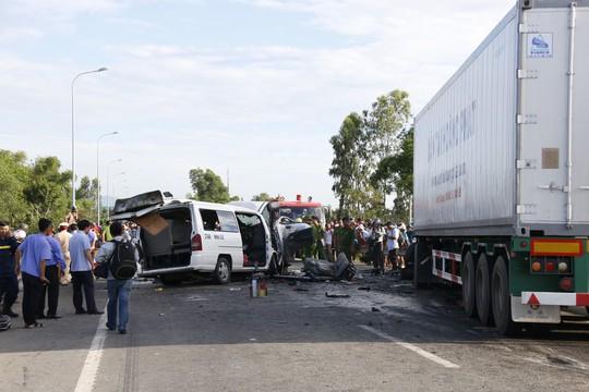 Tai nạn thảm khốc, chú rể và 12 người chết khi đi rước dâu - Ảnh 10.