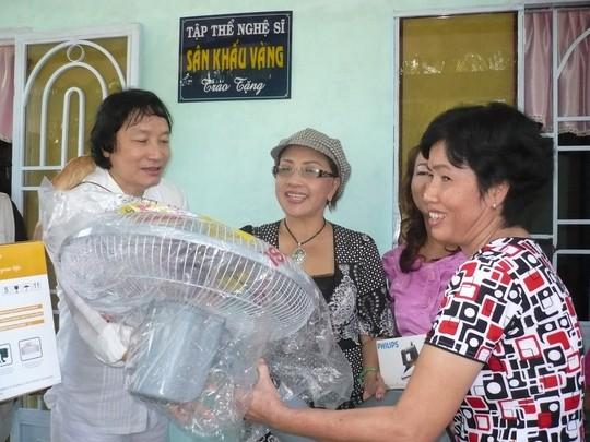 Nghệ sĩ bức xúc khi Minh Vương, Thanh Tuấn, Giang Châu trượt danh hiệu NSND - Ảnh 3.