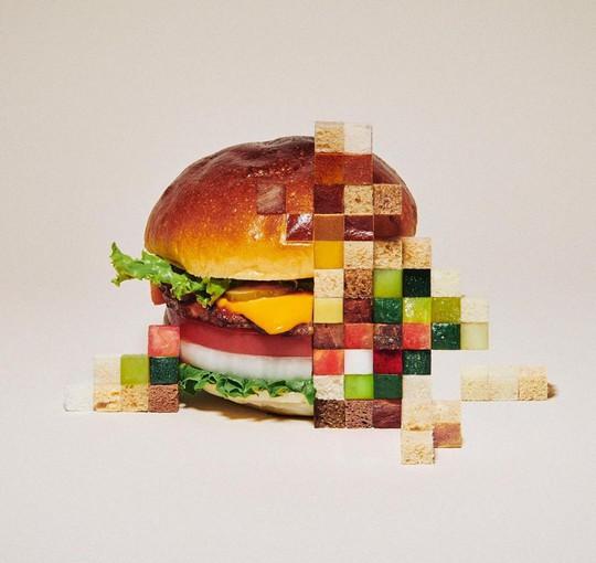Những bức ảnh gây hiểu lầm làm từ đồ ăn - Ảnh 1.