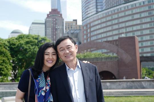 Tòa án Thái Lan phát lệnh bắt ông Thaksin - Ảnh 2.