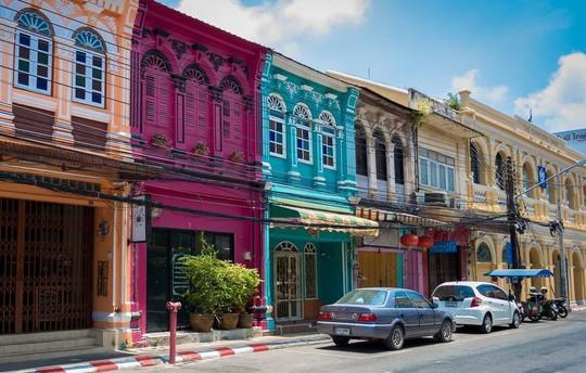 Vì sao đảo Phuket thu hút du khách quốc tế? - Ảnh 12.