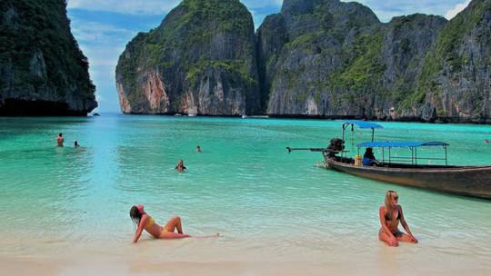 Vì sao đảo Phuket thu hút du khách quốc tế? - Ảnh 6.
