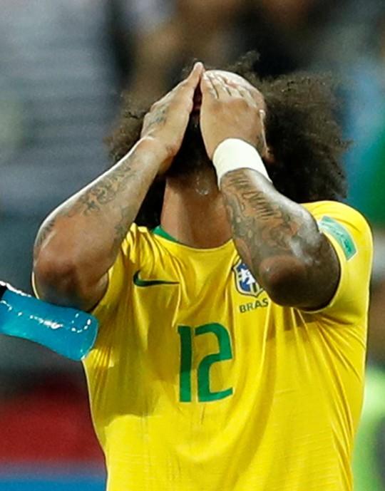 Đêm khủng khiếp của người Brazil - Ảnh 1.