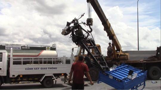 Vụ tai nạn 3 người chết ở Bình Dương: Vì xe ba gác lấn trái - Ảnh 2.