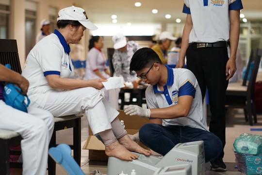 Vinamilk Sure Prevent đồng hành cùng 3.000 người cao tuổi tại TP HCM - Ảnh 5.