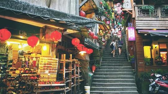 Làng cổ Cửu Phần ở Đài Loan có gì đặc biệt? - Ảnh 2.
