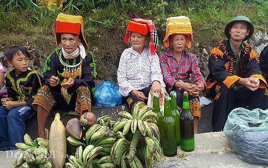 Độc đáo chợ phiên vùng cao Mẫu Sơn - Ảnh 10.