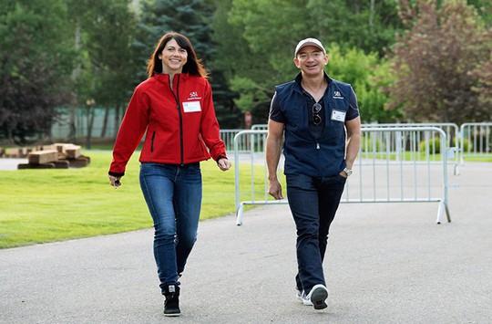 Bí quyết hạnh phúc của cặp vợ chồng giàu nhất thế giới - Ảnh 8.