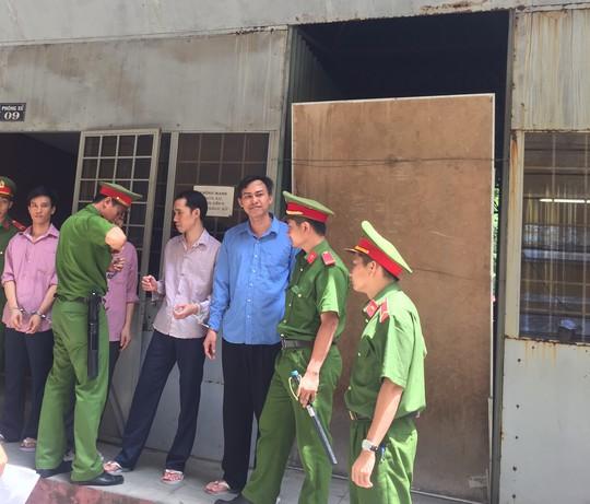 Tham 4 trieu dong giam doc doanh nghiep mat 500 trieu