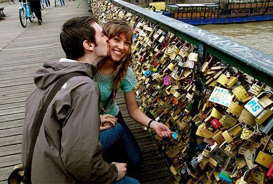 Cầu Vàng Đà Nẵng vào top những cầu đi bộ ấn tượng nhất thế giới - Ảnh 16.