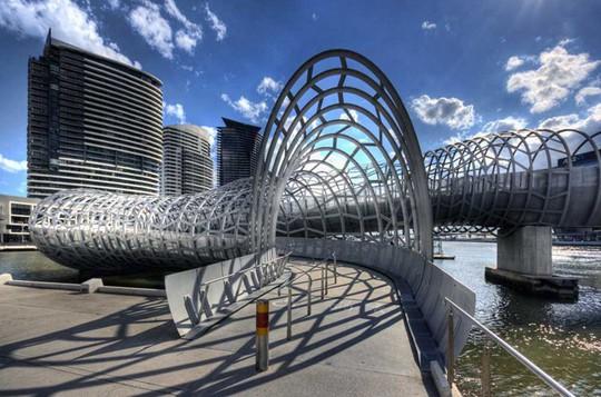 Cầu Vàng Đà Nẵng vào top những cầu đi bộ ấn tượng nhất thế giới - Ảnh 19.