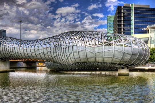 Cầu Vàng Đà Nẵng vào top những cầu đi bộ ấn tượng nhất thế giới - Ảnh 20.
