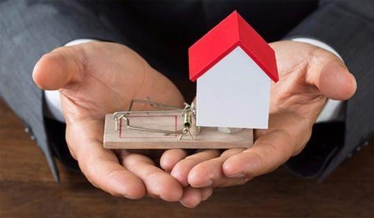 Làm thế nào để tránh rủi ro khi đặt cọc mua nhà đất? - Ảnh 1.