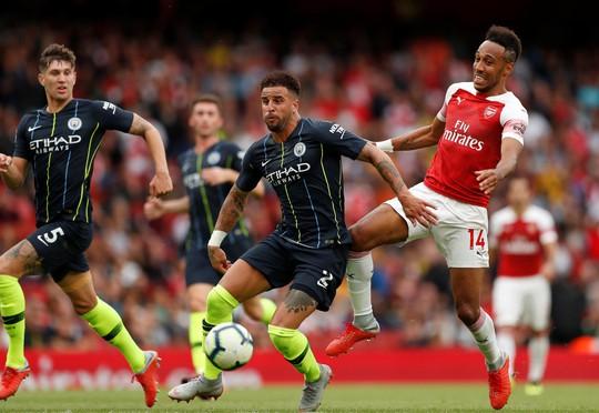 HLV Guardiola sau trận thắng Arsenal: Man City sẽ còn mạnh hơn... - Ảnh 4.