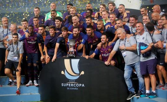 Dembele sắm vai người hùng, Barcelona giành Siêu cúp - Ảnh 6.