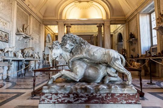 Ai là người nắm giữ 2.797 chìa khóa của bảo tàng Vatican? - Ảnh 2.