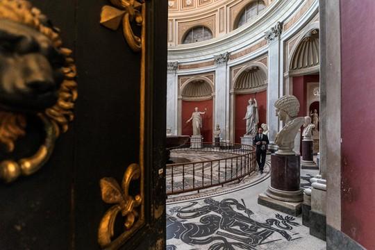 Ai là người nắm giữ 2.797 chìa khóa của bảo tàng Vatican? - Ảnh 4.