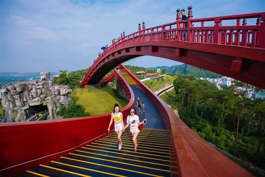Điểm danh 3 cây cầu nhất định phải check-in một lần trong đời - Ảnh 3.