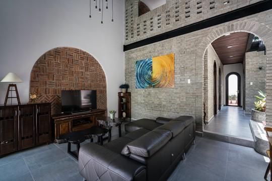Ngôi nhà gạch ở Đà Nẵng được tạp chí Mỹ khen ngợi vì quá đẹp - Ảnh 8.